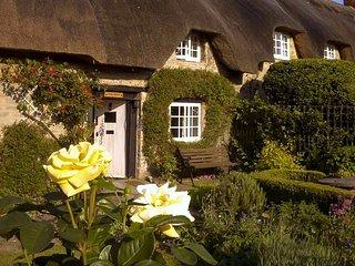 CC044 Cottage in Buckingham