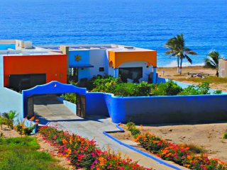 Villa Star of the Sea, 1 bedroom in private Villa by the beach, Barra de Navidad