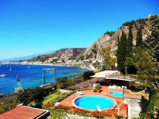 Appartamento in residence sul mare di Taormina