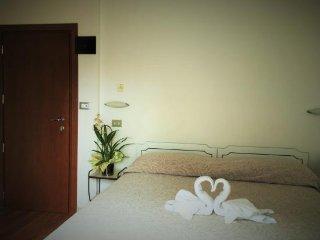 camera quadrupla in abitazione