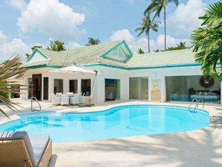 Luxueuse   Villa à la plage avec piscine privée et 4 chambres