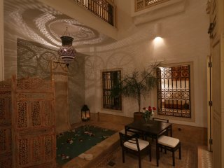 RIAD ETHNIQUE PRIVATE RENTAL WI-FI POOL IN MEDINA, Marrakech