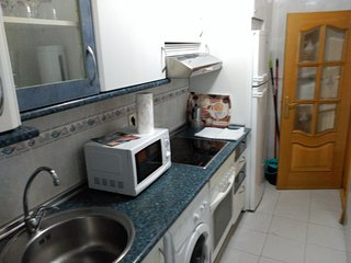 Apartamento basico de dos habitaciones de matrimonio, listo para entrar a vivir