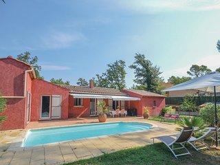 Villa ,4 chambres piscine  privee vue foret