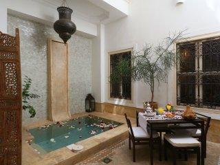RIAD ETHNIQUE PRIVATE RENTAL WI-FI POOL, Marrakesch