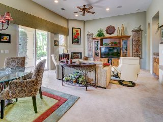 Shared pools, hot tubs, and tennis. Close to PGA West and Coachellafest,
