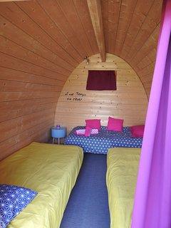 Cahute nid1 camping confort a côté du gite la maison ronde