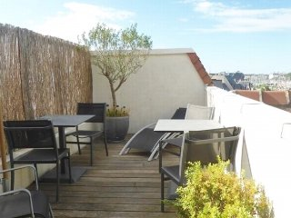 Apartment with terrace and parking - Central DEAUVILLE