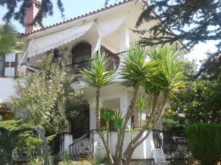 Seaside of Kariani 2BR home for Relaxation, Kavala