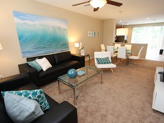 Vista Cay Townhouse 3 BDS: VACATION, BUSINESS, RELAX