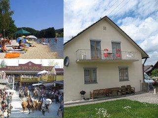 Eging am See ist ein kleiner idyllischer Ort am Rande des bayerischen Waldes.