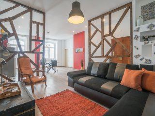 LD Apartments~Super Central~3BDR~2BR~AC~104sqm-Chiado
