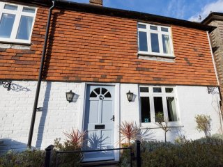 BT025 Cottage in Robertsbridge