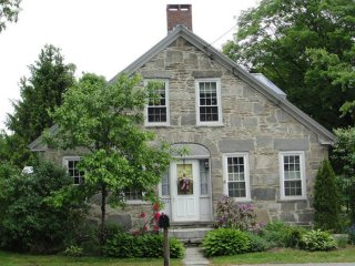 The 1843 Stone House - Chester, VT (3bdrm/ 2 ba)