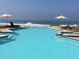 Amazing  luxury Ocean Front Condo Rosarito Beach