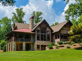 Paradise Lodge, Saluda