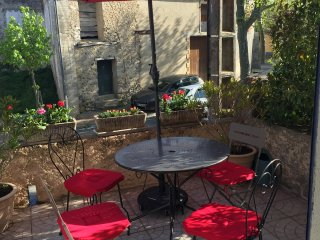 Petite maison de village a 10mn de Limoux