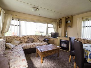 8 Berth Caravan in California Cliffs Holiday Park, Scratby Ref: 50004a Eagle