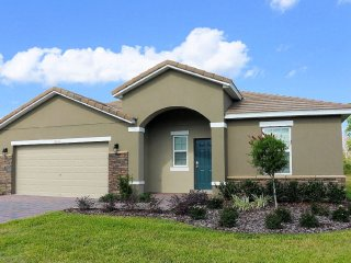 Lovely 5 bedroom 4 bath home from $115nt