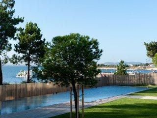 Bonita Casa en urbanización con piscina y salida directa a la playa