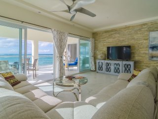 2 Bedroom luxury beachfront Apartement