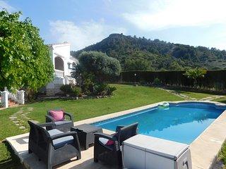 Chalé 6 dormitorios, jacuzzi, baloncesto y piscina privada, Alhaurin de la Torre