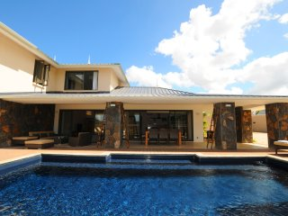 Villa Cascavelle C 1, free wifi, private pool, 5 min drive to boats and dolphins