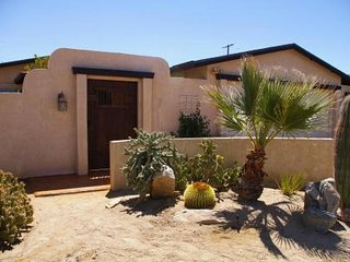 Sante Fe Beauty near Joshua Tree NP ~ Private Pool ~  WiFi ~ TV