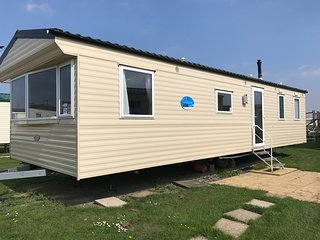 V&T's 8 Berth Static Home on Parkdean Resorts Camber Sands