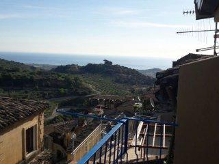 Casa Annunziata a Badolato, un Girino al Borgo ed al Mare