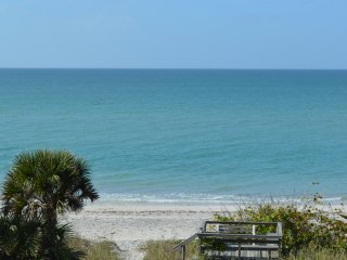 Beachfront Condo with Most Amazing Sunset Views of the Gulf April/May Price Drop