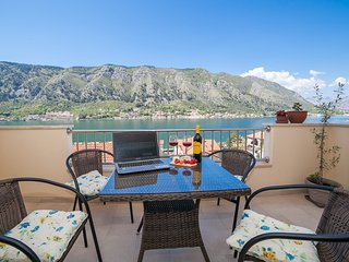 Apartments Castello - Luxury One Bedroom Apartment 2