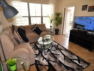 Comfortable 3 bedroom 3 bath Resort condo from $110nt