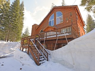 Charismatic, Charming Home with HOA Access, Truckee