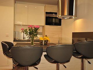 Comfortable and Luxury Apartment at Paris La Defense