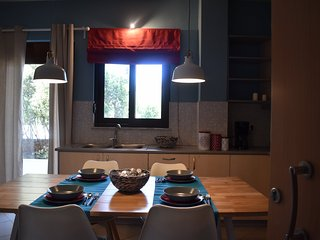 Halepa apartment - in a historic seaside district, Chania Town