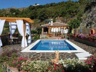 Villa la Cola (Ideal para relajarse y descansar)a 4 minutos de la playa en coche