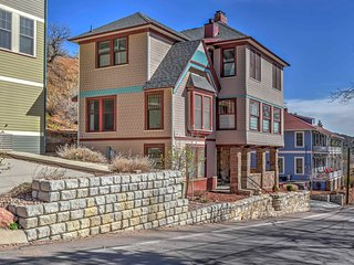 NEW! 4BR Manitou Springs House - Walk to Downtown!