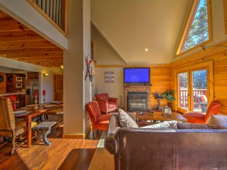 NEW! Scenic 4BR Big Bear Cabin w/ Private Hot Tub!