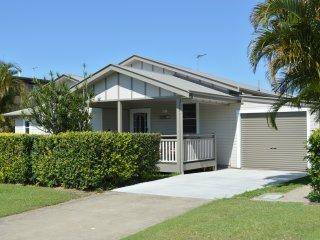 Murray Cottage , Beautifully Renovated , Full wheelchair access & Pet Friendly, Ballina