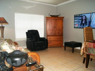 Mar y Sol #6 condo 2-3 minute walk to beach access