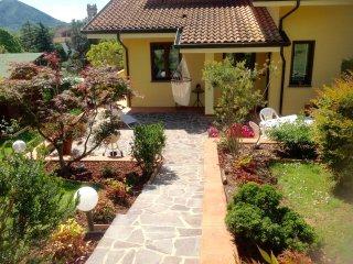 Country residence Le Ginestre : tra  vigneti e oliveti a pochi min dal centro di Lucca
