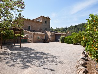 Superb finca with pool, close to Soller with spectacular views and gardens.