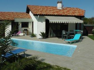 villa avec piscine privée sur le bassin d'arcachon