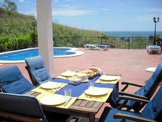 Villa Margaretha, piscina privada, 5 min. andando de la playa