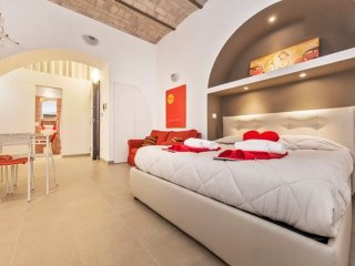 CHEAP&CHIC RED STUDIO - MANZONI HOUSE