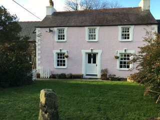 Family Cottage Spring Cottage, Goodwick