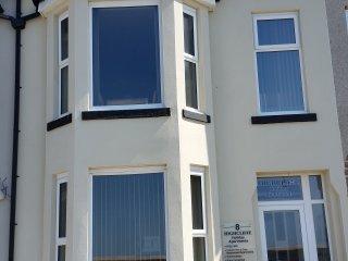 Highcliffe Holiday Apartments - Apartment No. 6