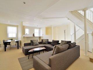 Spectacular Paddington Mews House West End Hyde Park - Ideal Location - ...