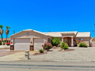 Out Door living at its Finest, Sleeps 8, Lake Havasu City